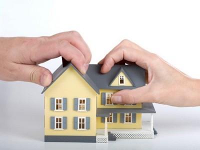 Неравные доли при приватизации квартиры.