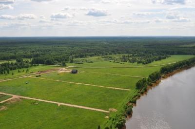 Как многодетной семье получить участок земли бесплатно?